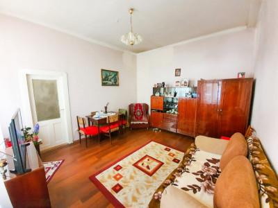 Apartament 2 camere |  Etaj 2/3 | Cladire istorica | zona Horea!