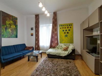 Apartament 3 camere la casa cu 4 apartamente | zona Andrei Muresanu!