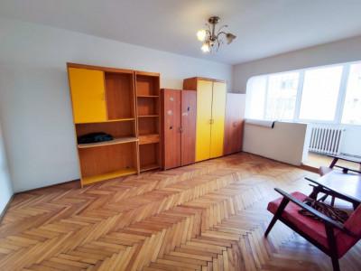 Apartament 3 camere | 70 mp | Etaj 1 | Manastur | Zona strazii Brates!