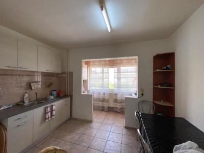 Apartament cu 2 camere decomandate | Etaj 2 | Zona strazii Dunarii!