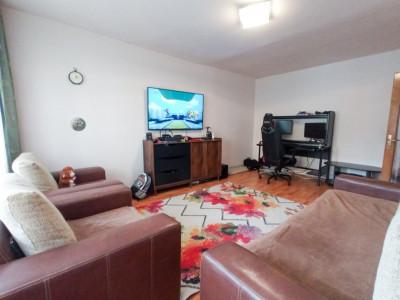 Apartament 3 camere | Decomandat | La cheie | Zona strazii Dunarii