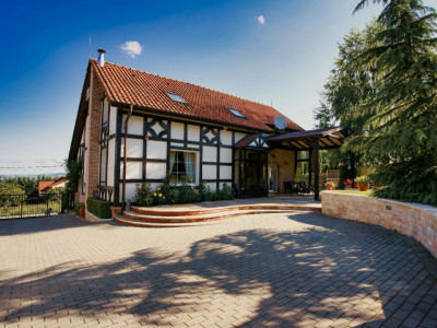 Casa individuala | Teren 750 mp | Faget - zona strazii D.D. Rosca!